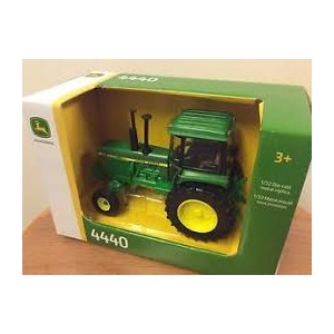 JD 4440 TRACTOR 1:32